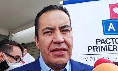 A evitar actos de violencia exhorta Carlos Herrea a sus contrincantes