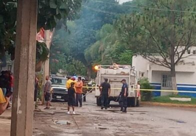 Comando asesina a birriero e incendia su local, en Coalcomán